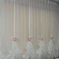 Австрийские полупрозрачные шторы