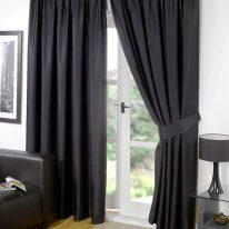 Черные портьеры на дверь