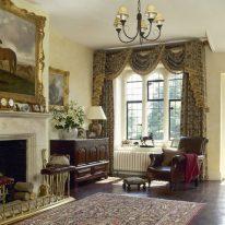 Элитные классические шторы с ламбрекеном