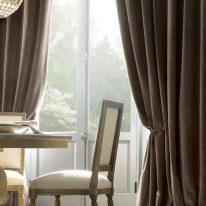 Элитные портьеры в гостиной