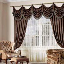 Итальянские шторы в гостиной