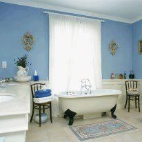 Оконные занавески в ванной