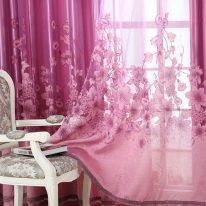 Розовая тюль