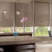 Рулонные шторы для современной кухни