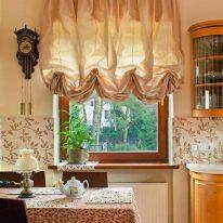 Австрійські штори для кухні