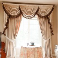 Красиві штори в зал