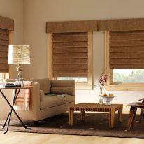 Римські штори для вітальні