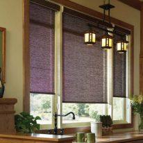 Рулонні штори на кухні