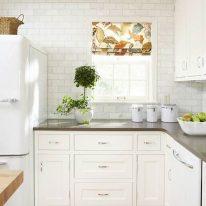 Стильні штори на кухні